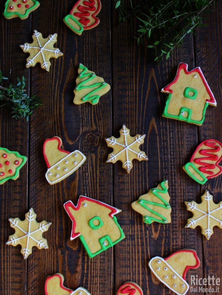Come fare i Biscotti di Natale decorati