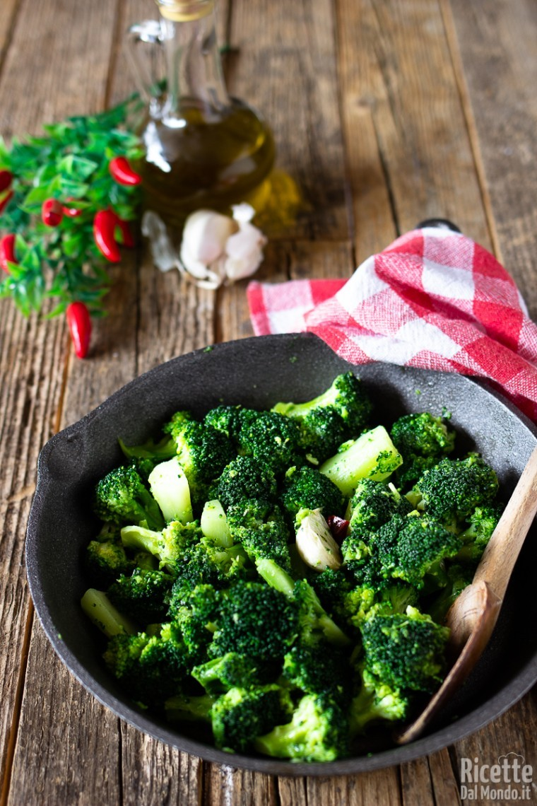 Come fare i broccoli in padella