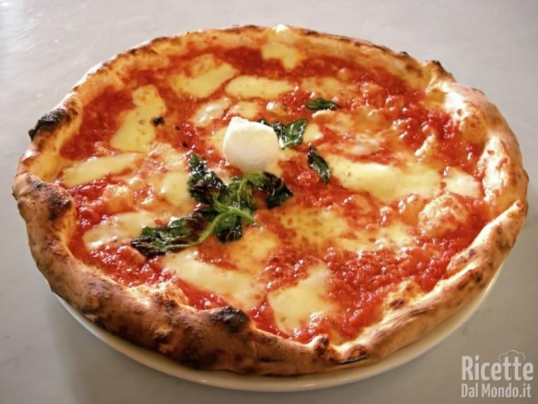 Ricetta Impasto Pizza Napoletana Forno Elettrico.Come Fare La Vera Pizza Napoletana Fatta In Casa