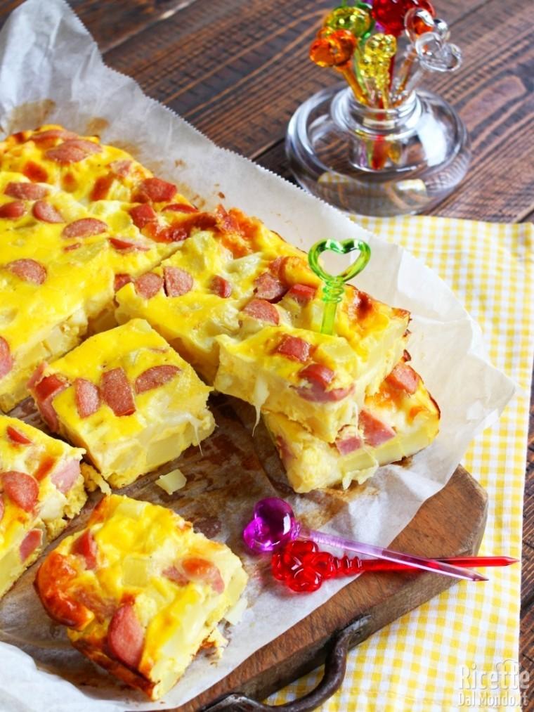 Ricetta Patate Wurstel E Mozzarella.Frittata Di Patate Wurstel E Mozzarella