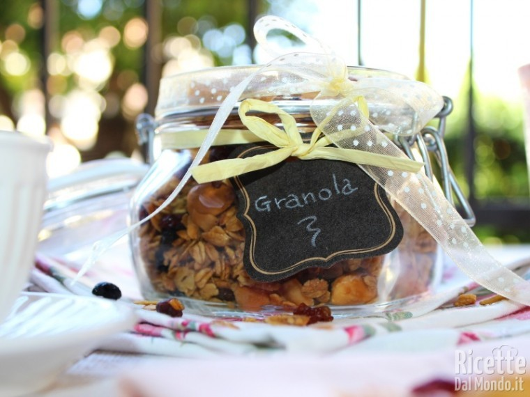 Muesli fatto in casa, granola homemade