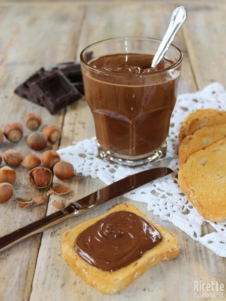Ricetta Nutella Fatta In Casa.Nutella Fatta In Casa Ricetta Facile Ricettedalmondo