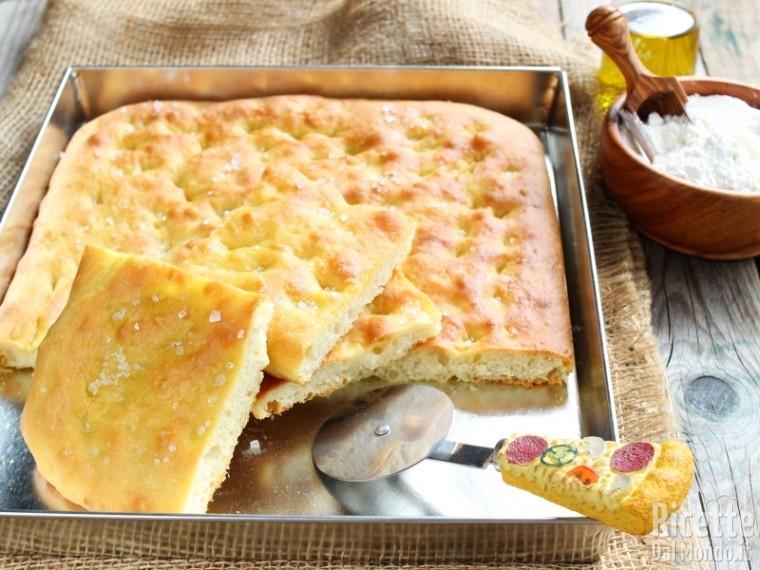 Ricetta Pizza Bianca.Pizza Bianca Romana Fatta In Casa Ricettedalmondo It