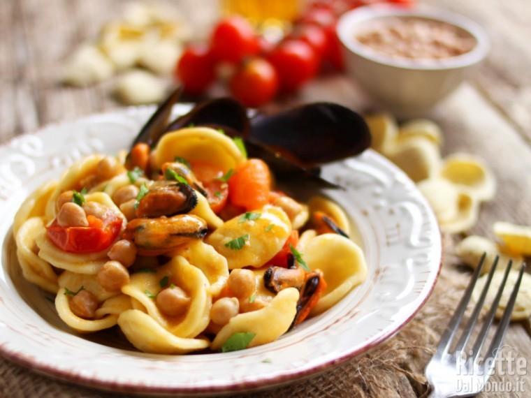 Ricetta Orecchiette Vongole E Ceci.Pasta Ceci E Cozze Con I Pomodorini Marianna Pascarella