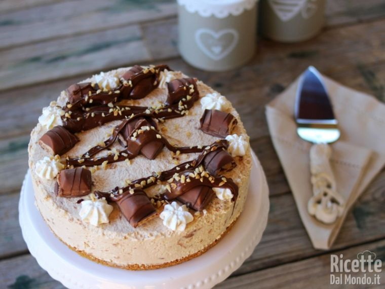 Ricetta Cheesecake Nutella E Kinder Bueno.Torta Fredda Al Kinder Bueno Ricettedalmondo It