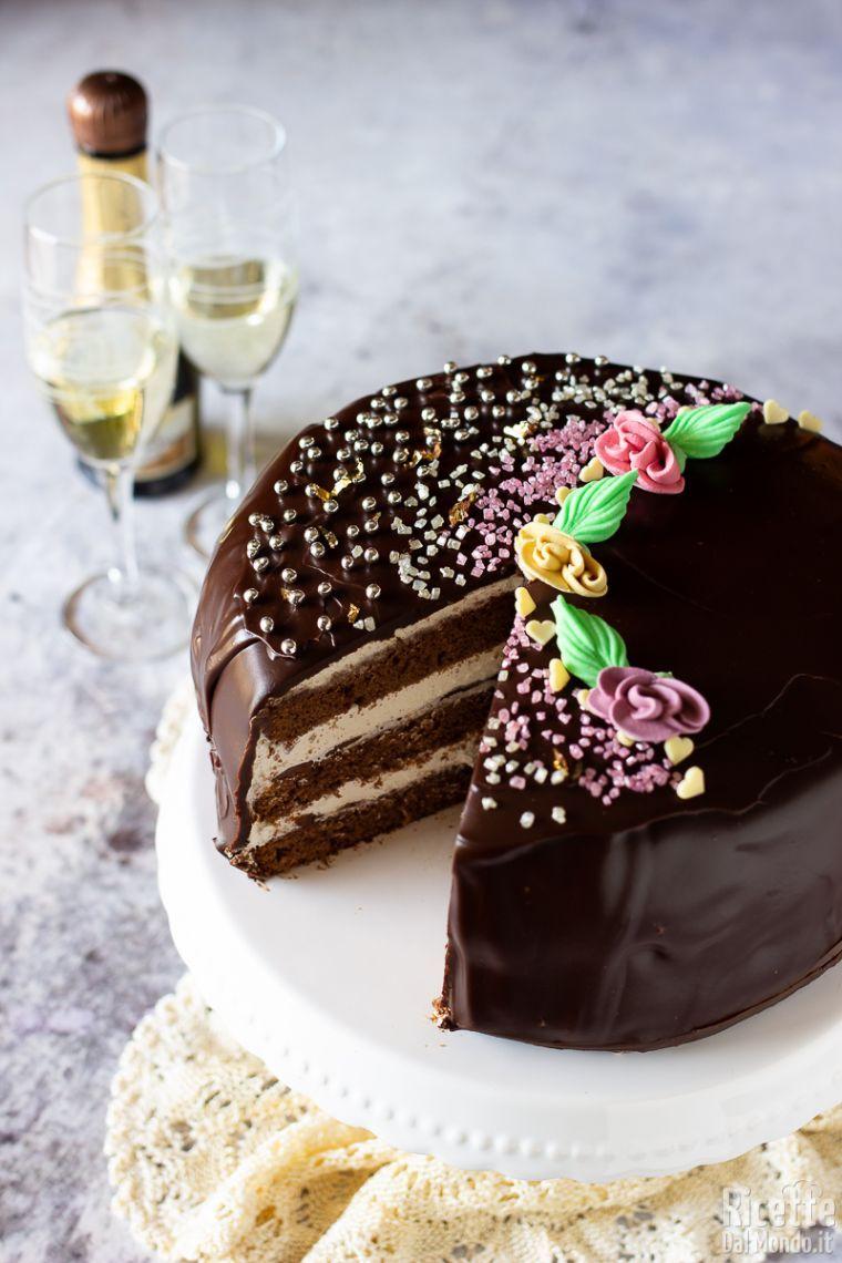Ricetta Torta Al Cioccolato Glassata.Torta Alla Nocciola Con Glassa Al Cioccolato Marianna Pascarella