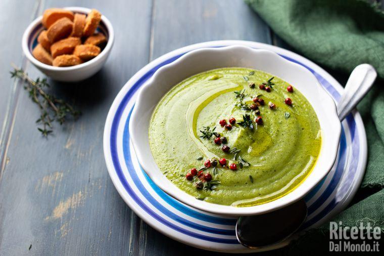 Ricetta Zuppa Broccoli.Vellutata Di Broccoli Semplice Leggera Delicata Nutriente