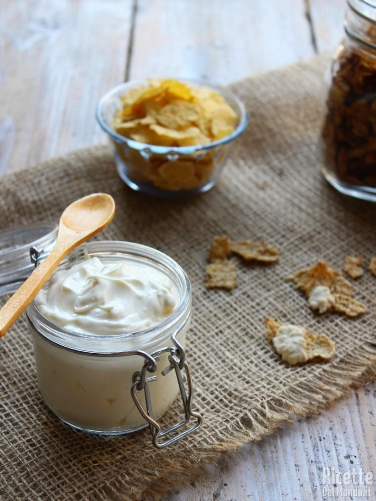 Ricetta Yogurt Greco Fatto In Casa.Yogurt Greco Fatto In Casa Ricettedalmondo It